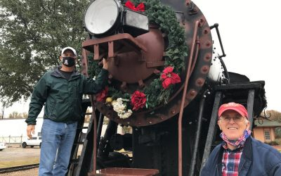 Locomotive and Caboose