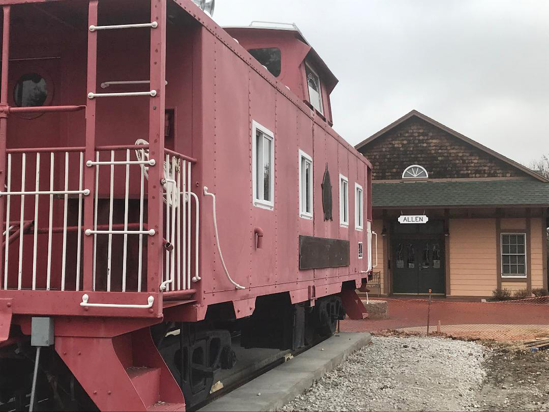 caboose arrives at depot museum